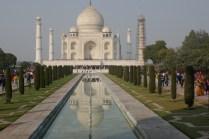 Da ist er, der Taj Mahal. Schon eine dekadente Begräbnisstätte.