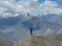Grandioser Abstieg 1.700 Hm bis Mukhtinat.