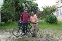 Besuche die Radlegende Nepals in Kathmandu. 11 Jahre Radweltreise, 150 Länder, Everestbesteigung nach Rückkehr 2011, Bestseller Buchautor. Mr. Pushkar Shah.