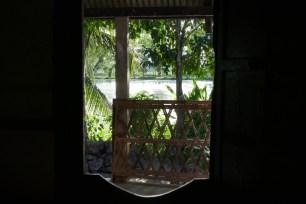 5 Tage erlebe ich Majuli, die größte Flussinsel der Welt. Tee-Einladung im Hindu-Kloster.