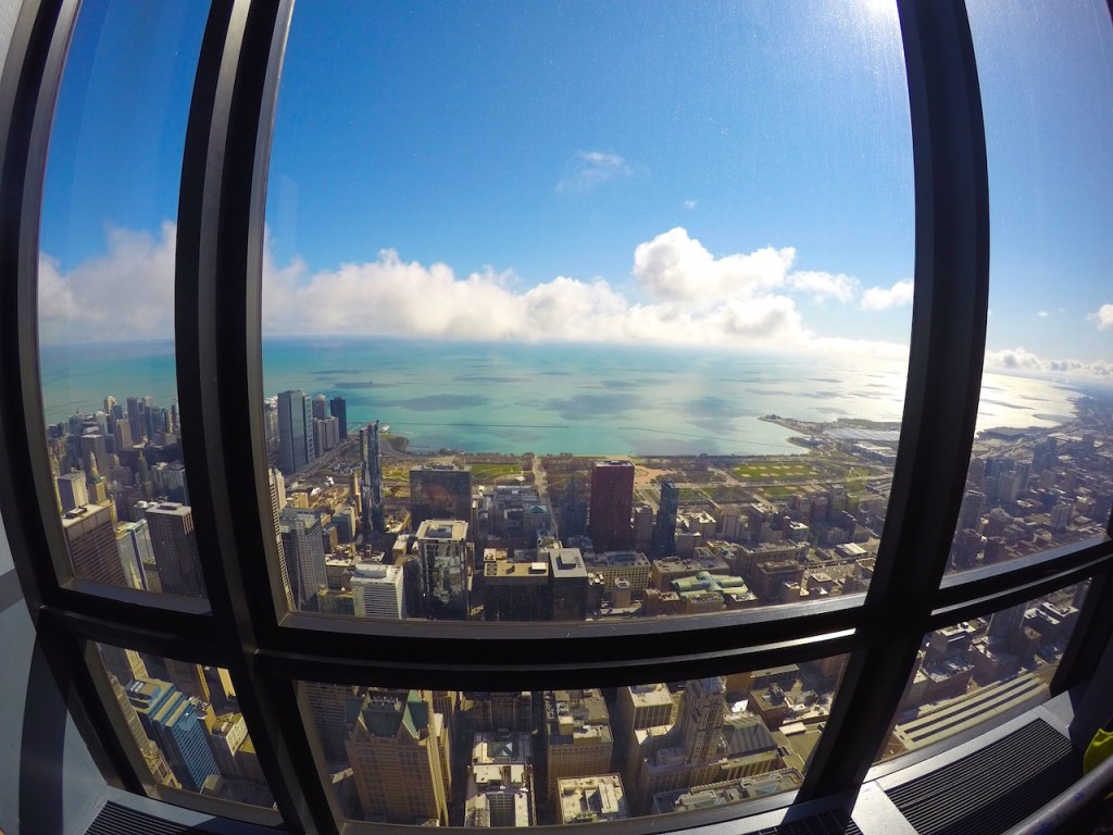 What to See, Eat, and Experience in Chicago