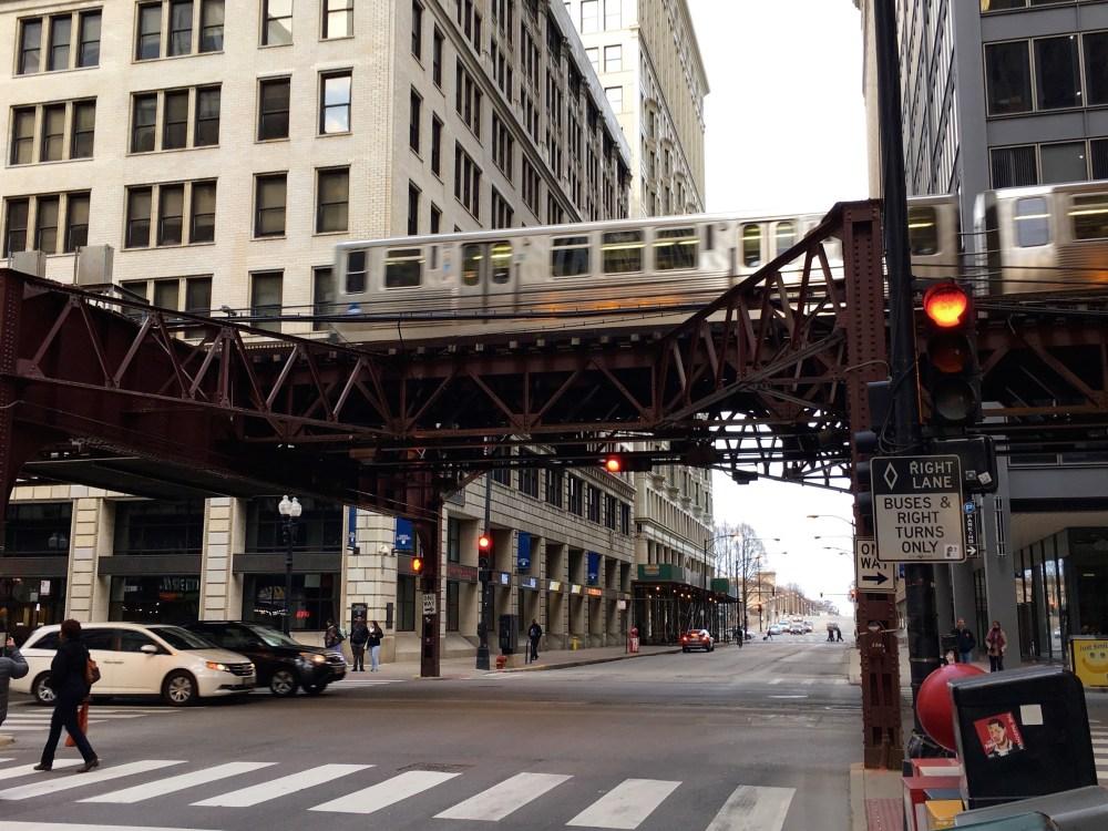 L-Train-Chicago