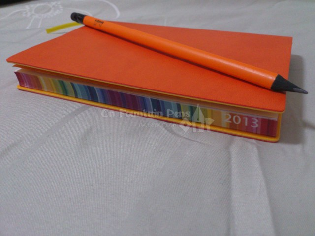 Matches with a Rhodia pencil, too!