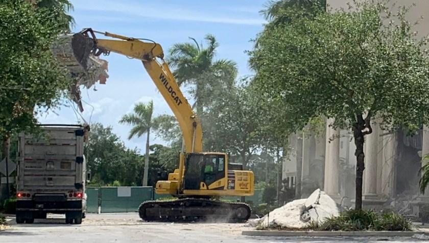 Former Robb & Stucky demolition to make way for PGA Station