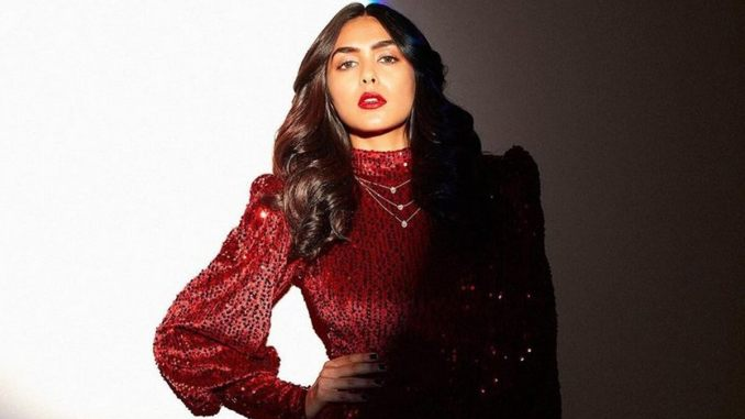 From Shahid Kapoor's Jersey to Farhan Akhtar's Toofan, Mrunal Thakur Is Excited About Her Roster of Films in 2021