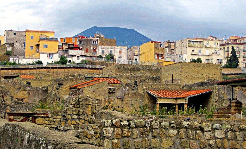 Herculanum cité moderne et antique