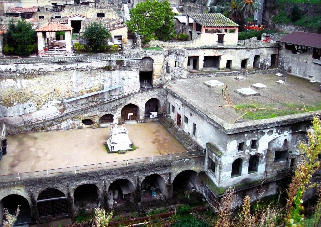 Port antique d'Herculanum
