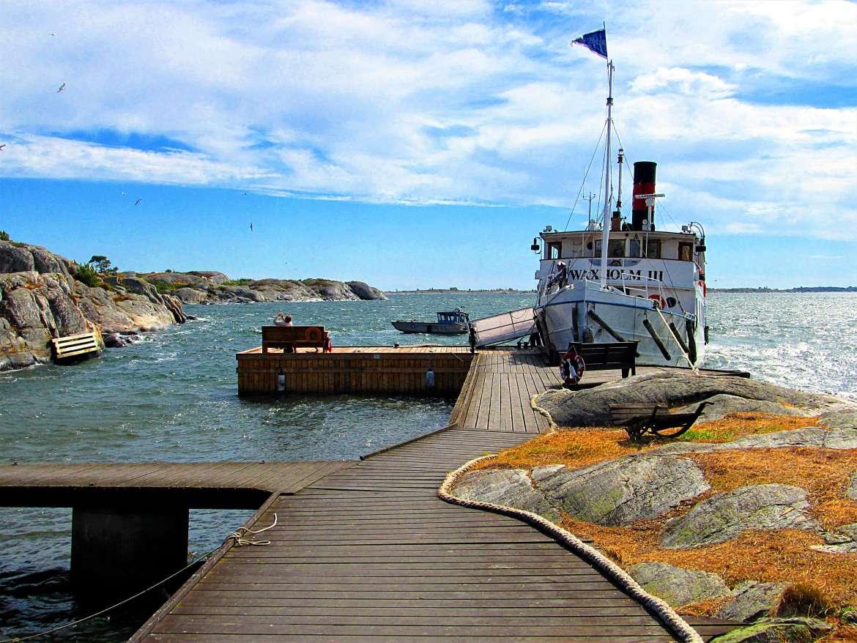 Ponton de Bullero dans l'archipel de Stockholm en Suède