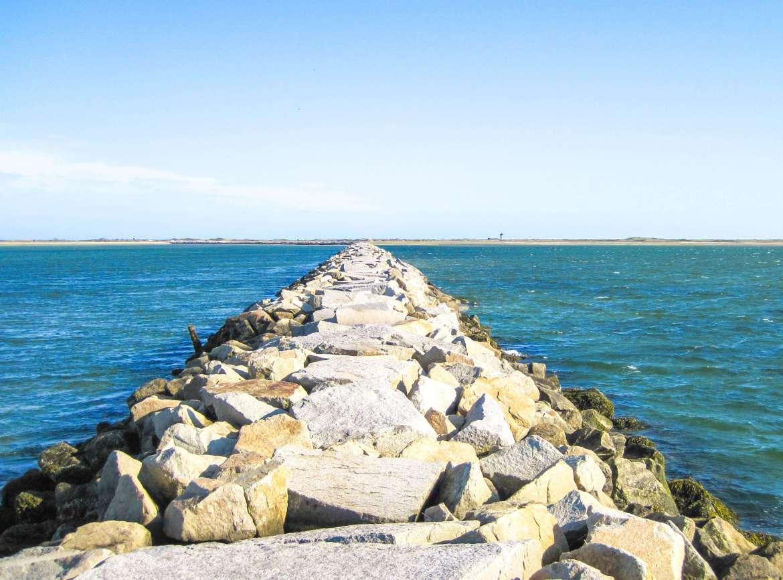 Provincetown Causeway the Breakwater à Cape Cod
