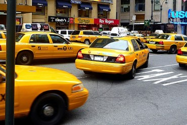 Les incontournables de New York Taxis New York USA Blog voyage suisse cosy On holidays again