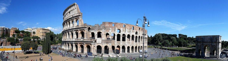 Vue sur le Colisée lors d'un week-end en amoureux à Rome