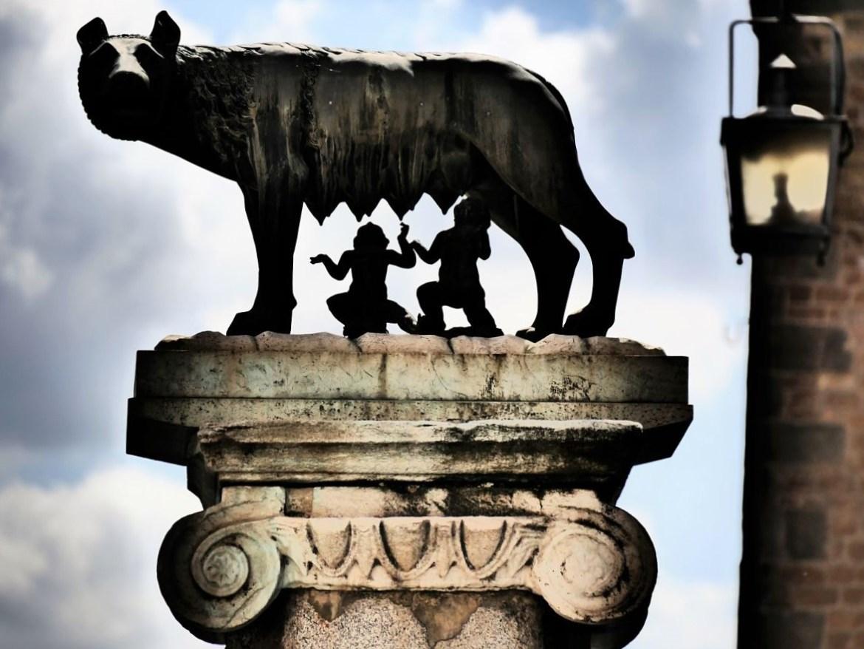 Statue Romulus et Remus à Rome Italie