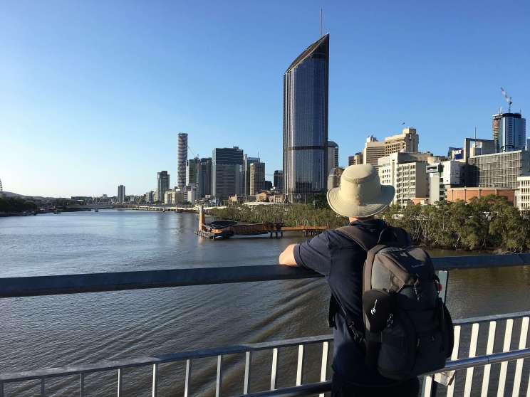 Vue sur le centre de Brisbane depuis le Goodwill bridge