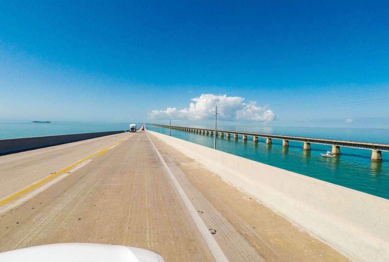 Seven-Mile-Bridge-sur-lOverseas-Highway-dans-les-Keys