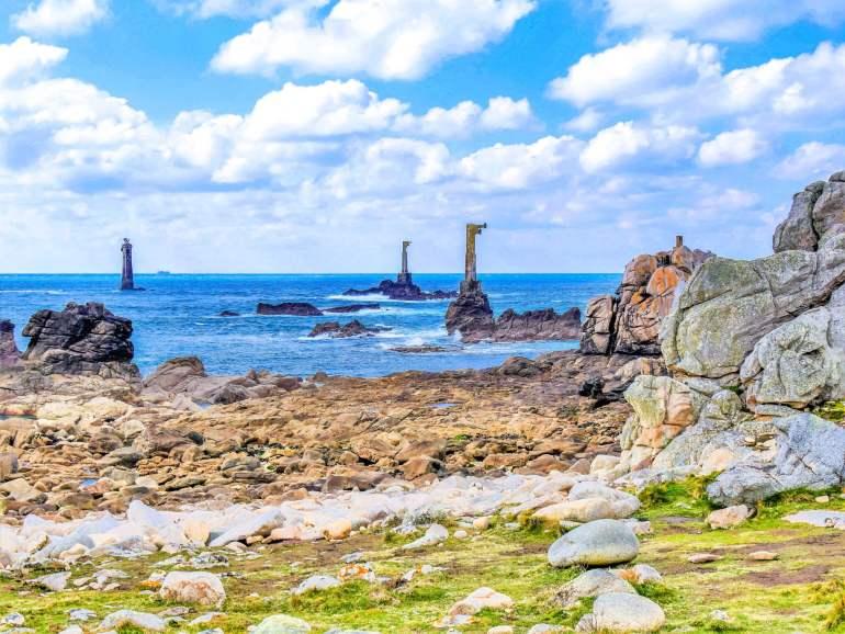 Pointe de Pern et PHARE DE NIVIDIC