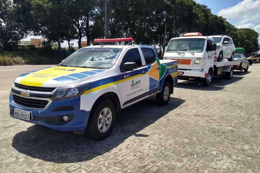 Ação da ANTT de combate ao transporte clandestino apreende 20 veículos em Pernambuco