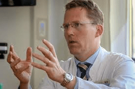 Professor Timmermann is director of the Clinic for Neurology and the Center for Emergency Medicine. (Image: UKGM)
