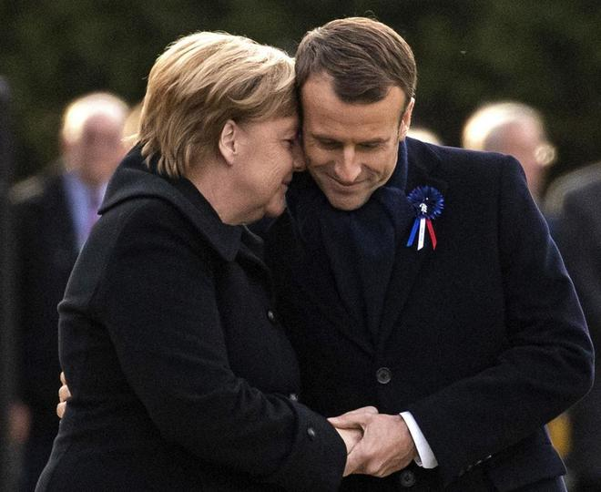 Merkel y Macron, 100 años Etienne Laurent