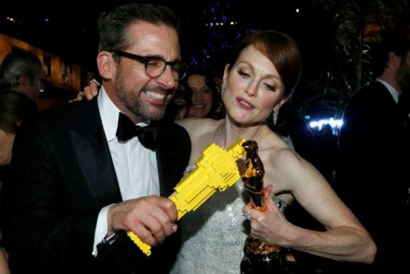 アカデミー賞で惜しくも受賞を逃した候補者にレゴのオスカー像が配られる!