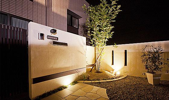 Y邸庭照明01