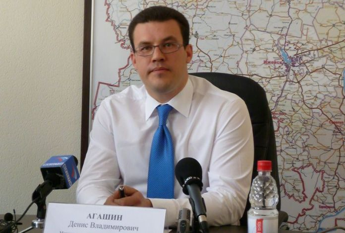 Как представитель Единой России пенсионеров подкупал