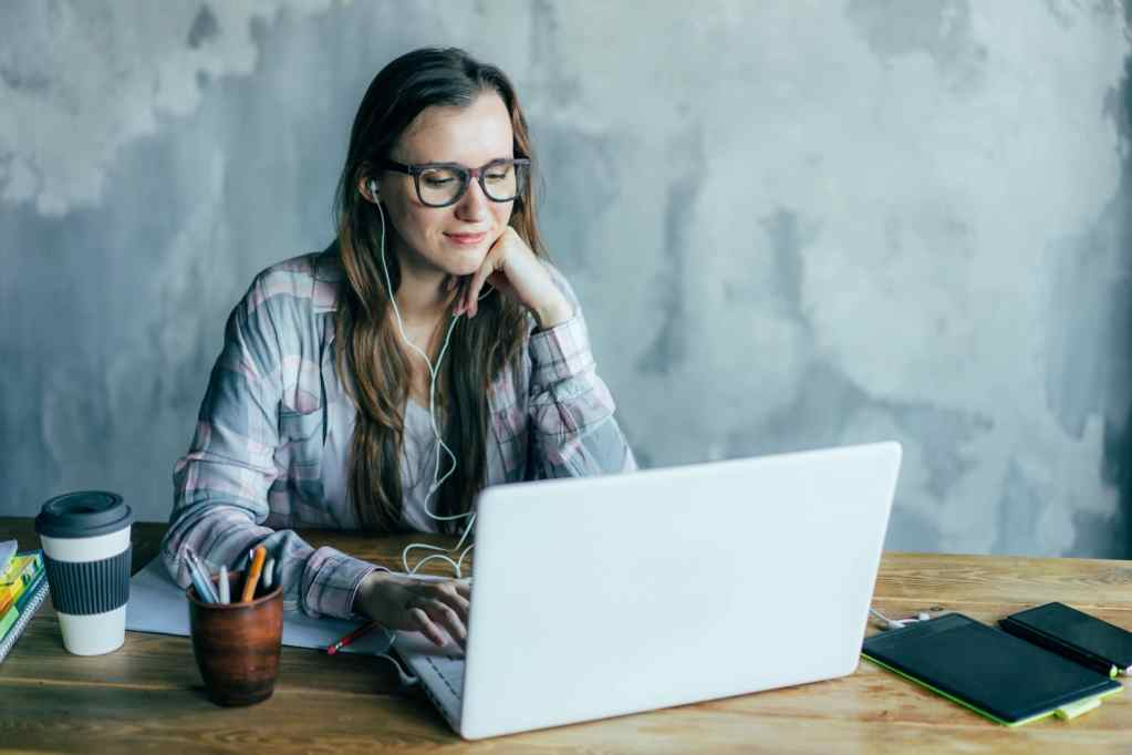 7 Wege, das Problem der Einsamkeit beim Online-Lernen zu lösen