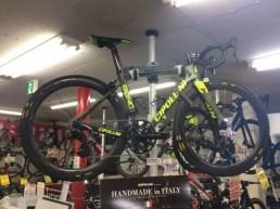 CIPOLLINI ( チポッリーニ ) ロードバイク BOND ( ボンド ) バイクラカスタム グリーンカモ XS