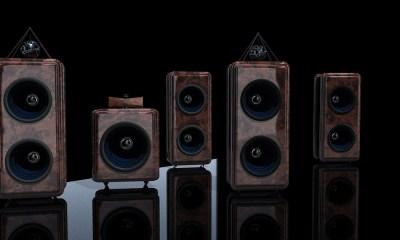 speakers-2541698_960_720