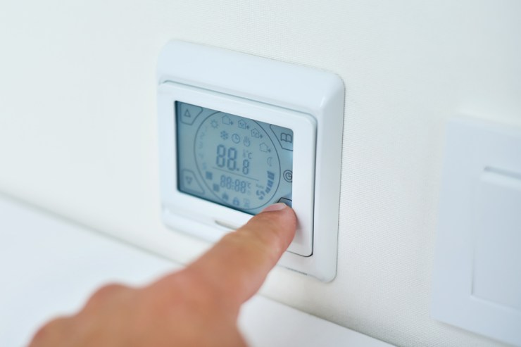 Buying a Programmable Thermostat for Energy Savings - Does It Really Work? 1