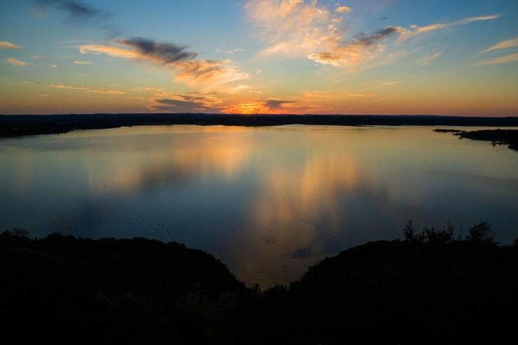 lake travis 1832832 1920
