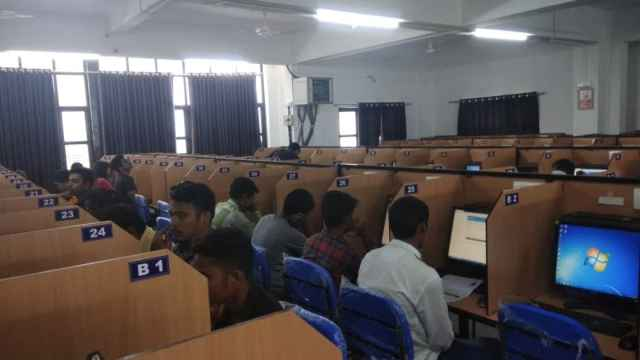Online Examination Process at Exam Centers in Indian Cities