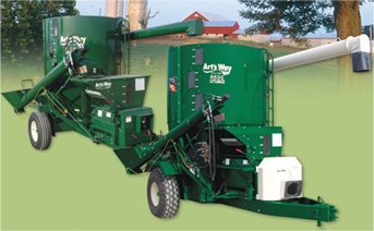 Art's Way offers two new high performance portable Rollermill Mixers for the beef industry