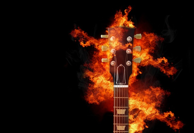 eb33b20a28f0053ed1584d05fb1d4390e277e2c818b4124790f8c978a1e8 640 - Want To Rock? Try These Guitar Tips And Tricks