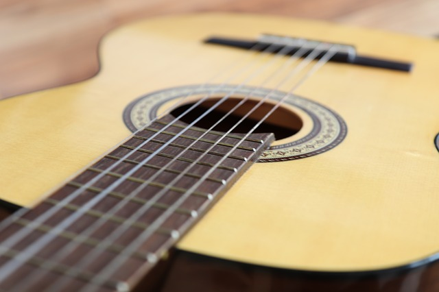 eb3db1062ef4083ed1584d05fb1d4390e277e2c818b4154594f7c17ca3ee 640 - The Pros Will Help You Learn Guitar With These Tips!