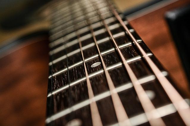 57e2dd404954ae14f6da8c7dda793278143fdef85254774f752b7cd29248 640 - Having Difficulty Learning Guitar? Try These Ideas!