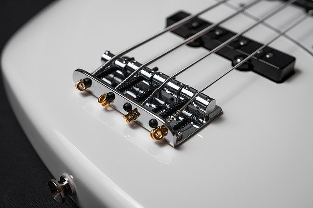 57e6d04b4a55b108f5d08460962d317f153fc3e45656794a702d78dd92 640 - Are You New To The Guitar? Try These Tips And Tricks