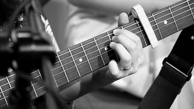 how to learn guitar  some tips for success 3 - How To Learn Guitar - Some Tips For Success