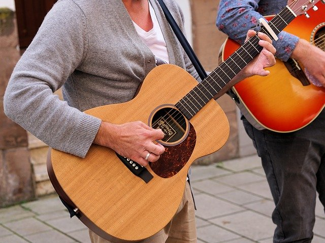 helpful tips to learning the guitar 1 - Helpful Tips To Learning The Guitar