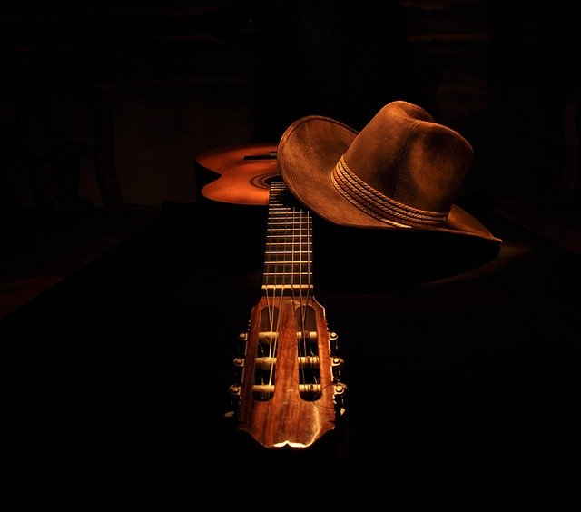 play music easily with these simple guitar tips 1 - Play Music Easily With These Simple Guitar Tips