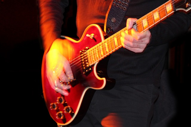 want to learn to play the guitar try these tips - Want To Learn To Play The Guitar? Try These Tips