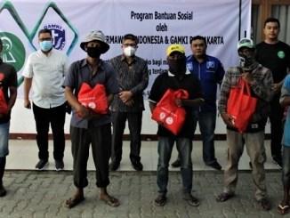 GAMKI DKI Jakarta Bersama Dermawan Indonesia Gelar Bansos Sembako Swadaya Bagi Pengamen, Pemulung Gerobak, Warga Kolong Jembatan dan Disabilitas