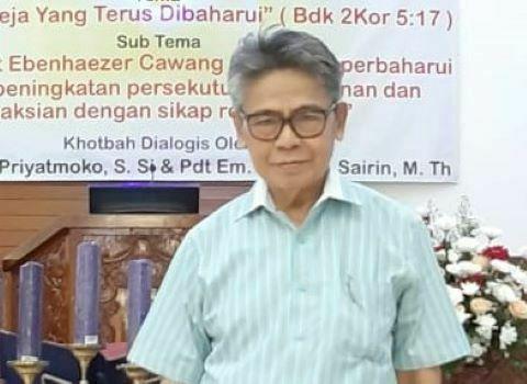 Puisi: Lansia-lansia Gereja || Oleh: Weinata Sairin
