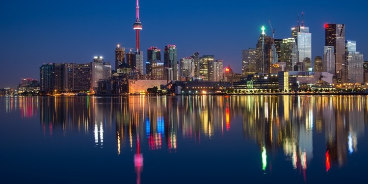 A RECORD BREAKING YEAR FOR CANADA'S TOURISM SECTOR