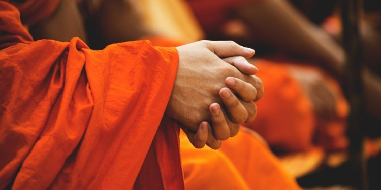 Sri Lanka To Build Two Buddhist Temples In Nepal