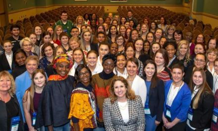 WOMEN IN AVIATION INTERNATIONAL CHEERS FOR 30 YEARS