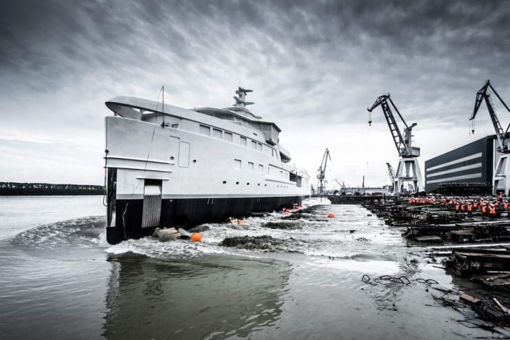 DAMEN SeaXplorer 75 hull launches in Romania.