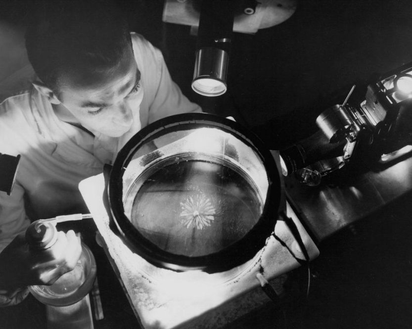 For an extra bonus of radioactive tracks, add the mantle of a smoke detector to the bottom of your cloud chamber, and watch the slow-moving particles emanating outward from it. Some will even bounce off the bottom!
