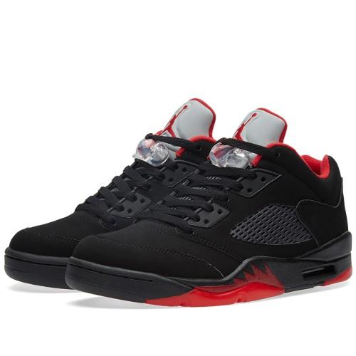 Nike Air Jordan (1)