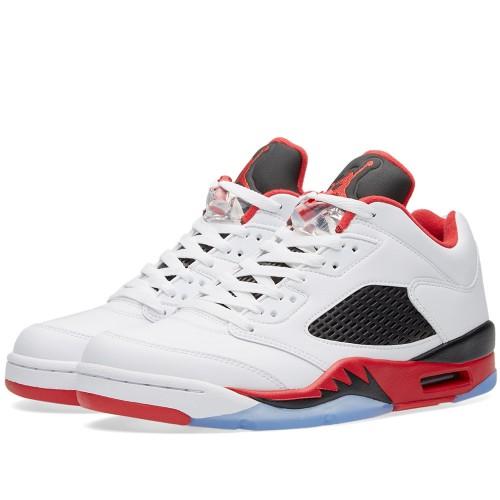 Nike Air Jordan (4)