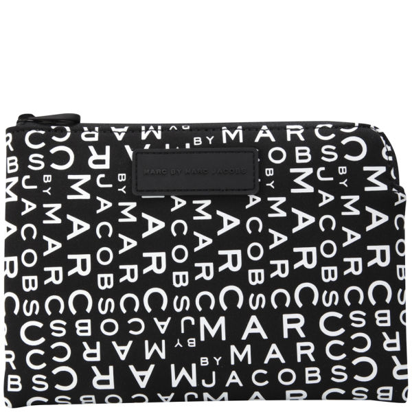 MARC BY MARC JACOBS  (1)